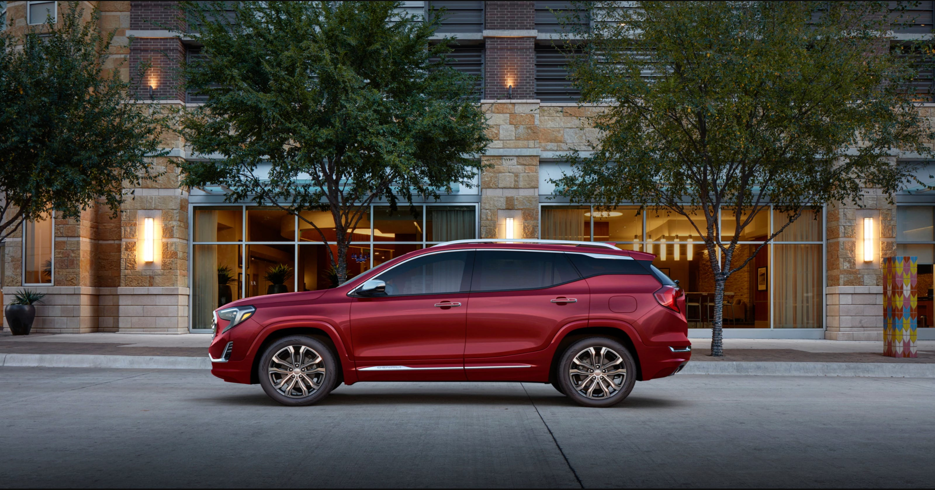 Review 2018 Gmc Terrain Denali Packs And Luxury Into Stylish Small Suv