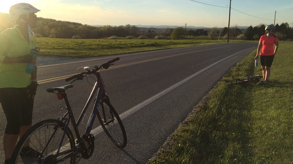 Taking advantage of that beautiful magic hour light on a recent ride. I remembered to unclip both shoes for this photo.