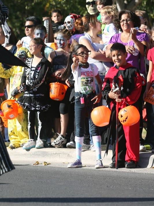 KLAQ Halloween Parade