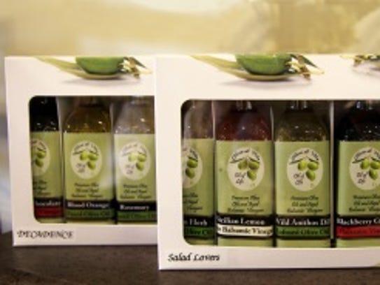 For host/hostess: Oil and vinegar gift set
