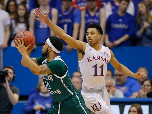 E_Michigan_Kansas_Basketball_24434.jpg
