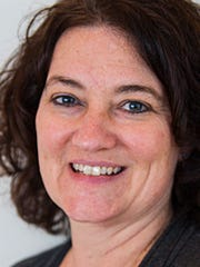 Lisa Van Zeeland