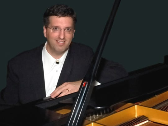 Pianist Jeffrey Biegel performs Sunday in Stowe.
