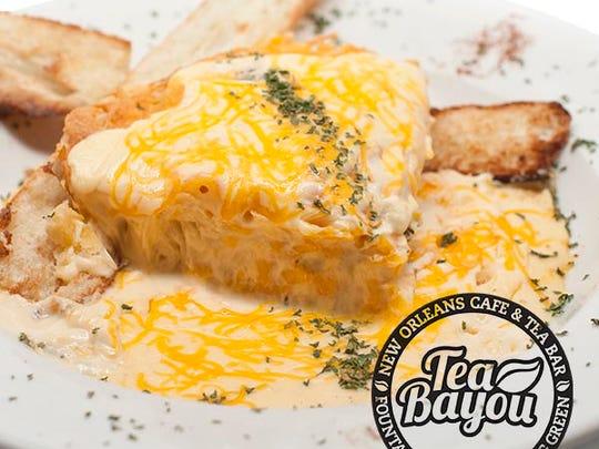Mac-n-cheese pie