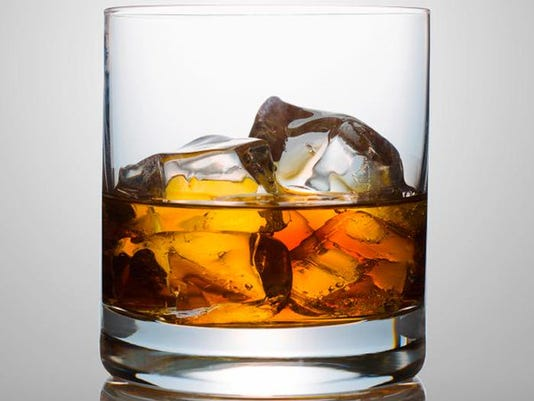 636172349388954356-bourbon.jpg