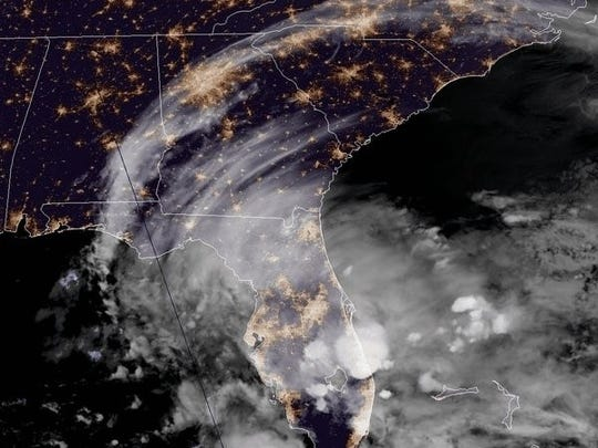 Weather system in the Gulf of Mexico is bringing rain