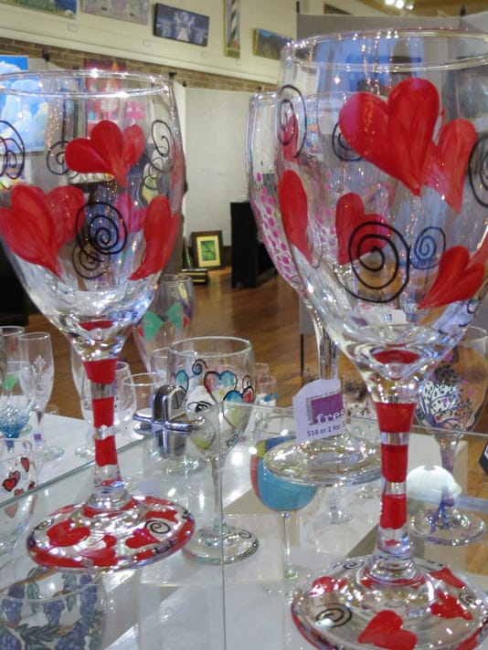 636536448094612442-WineGlasses2.jpg