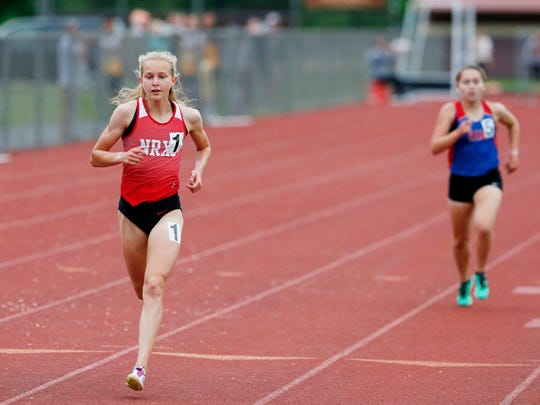 Katelyn Tuohy competes in the 3000 meter run during