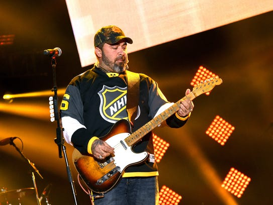 Musician Aaron Lewis performs onstage during NHL All-Star
