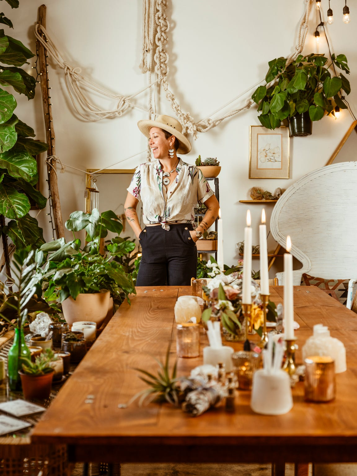 The Bloomin Gypsy floral designer Veronica Lowe in