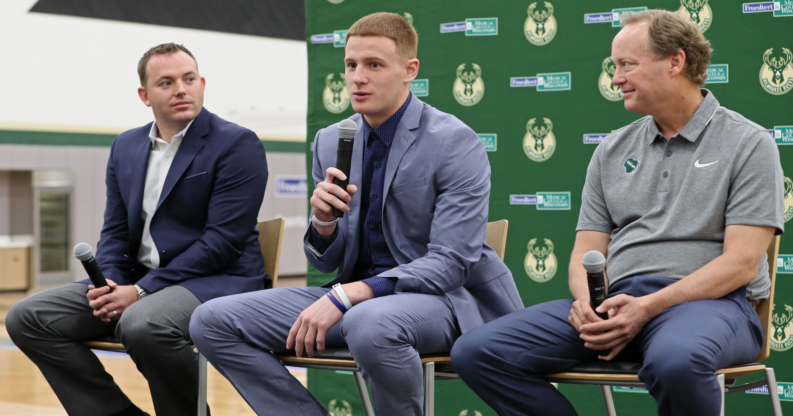d31fe827831d New Bucks guard Donte DiVincenzo s arrival in Milwaukee is a joyous  occasion for his family