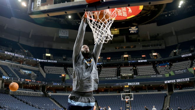 Memphis Grizzlies forward JaMychal Green warms up for the home opener against the Minnesota Timberwolves.