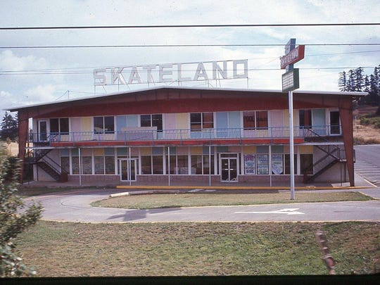 Skateland was in South Salem near Hilfiker Lane and Commercial Street SE from the mid-1960s until the early 1980s before it was demolished. Willamette Heritage Center / 2012.016.0471