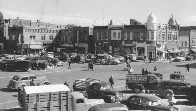 A photo of the Mathias Mitchell Public Square in downtown Stevens Point from back in the 1950s.