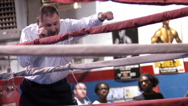 Main Street Gym's Hal Chernoff will be in the corner of Shawn Porter on Saturday as he takes on Keith Thurman in a nationally-televised fight on CBS.