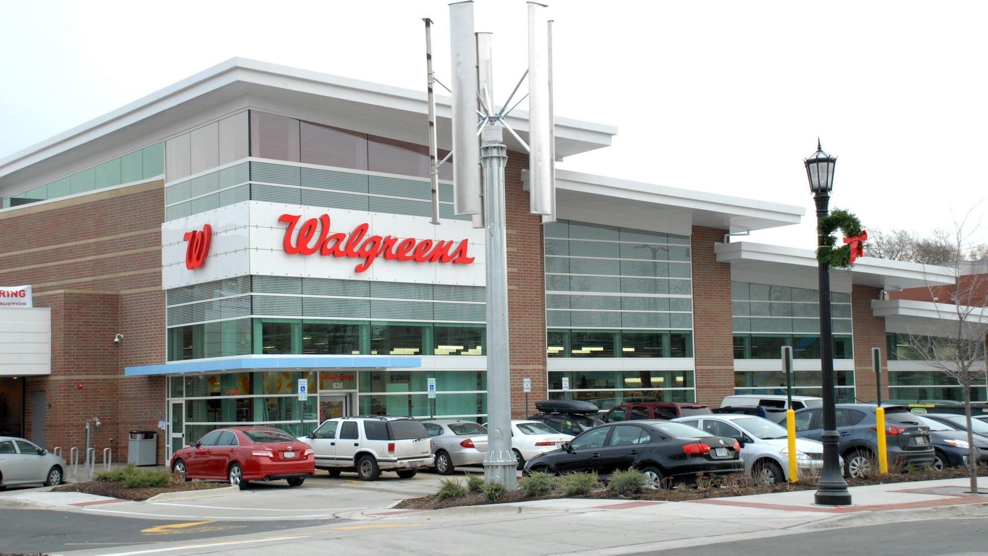 Christmas 2020 Stores Open Walgreens Cvs Safeway Wawa Make List