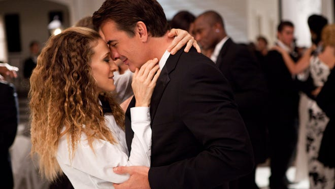 """Sarah Jessica Parker as Carrie Bradshaw and Chris Noth as Mr. Big in a scene from the motion picture """"Sex and the City 2."""""""