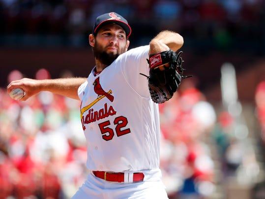 Pirates_Cardinals_Baseball_84648.jpg