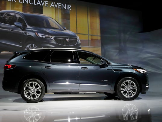 new upscale buick enclave avenir will clear the air. Black Bedroom Furniture Sets. Home Design Ideas