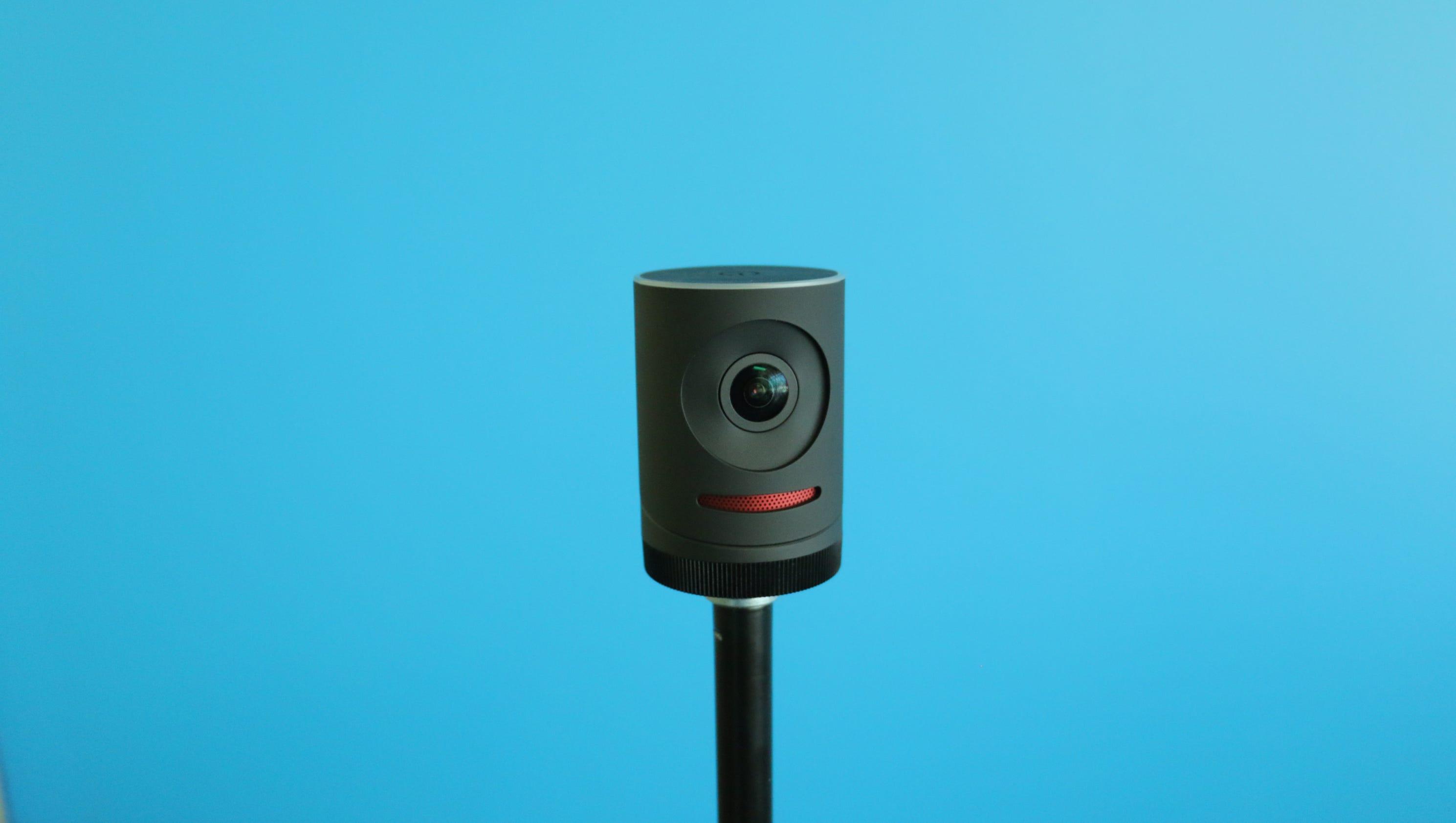 Review mevo tiny camera for facebook live for Facebook camera
