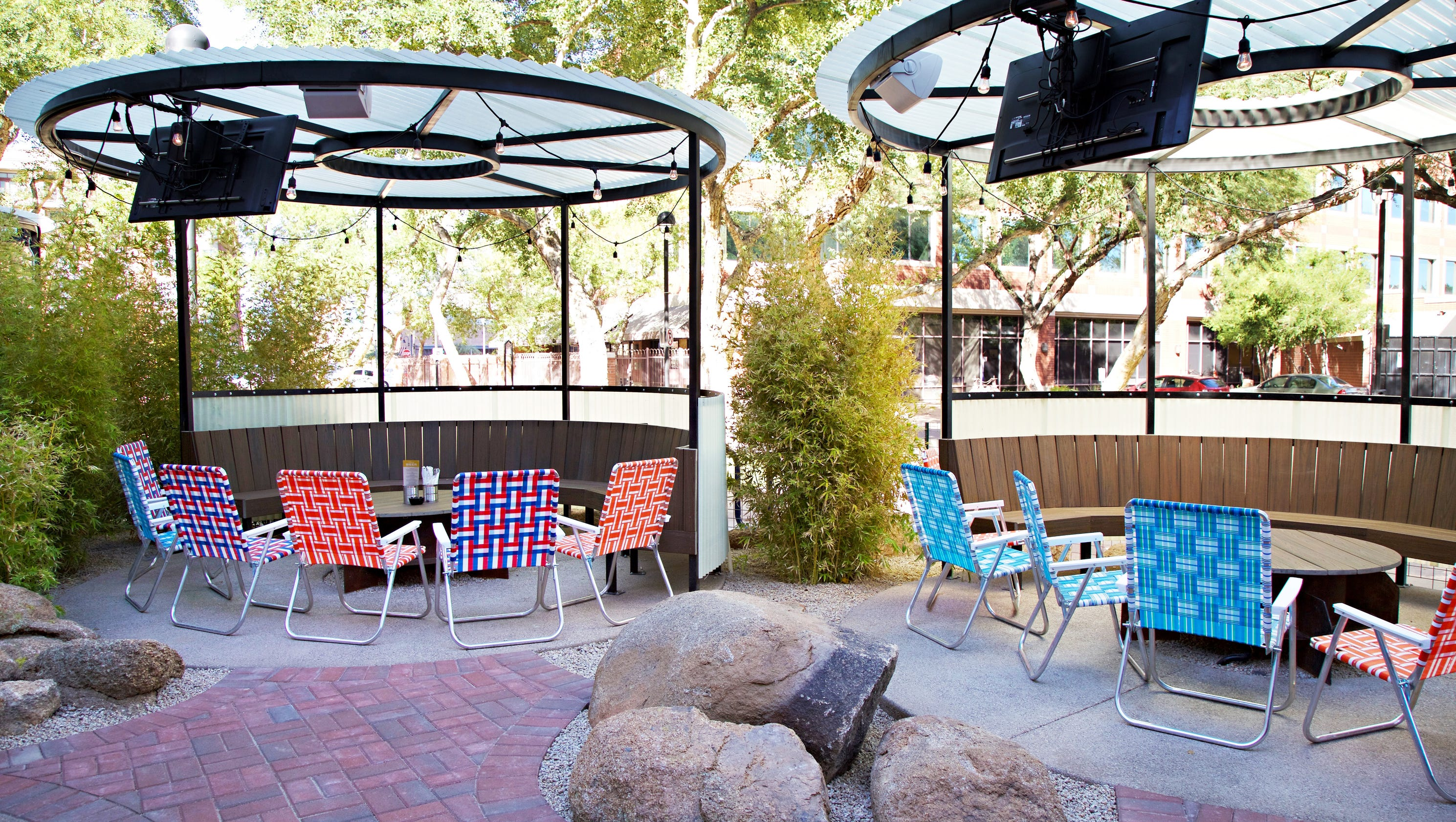Top 10 patio bars around phoenix from casual to fancy for Today s interiors phoenix