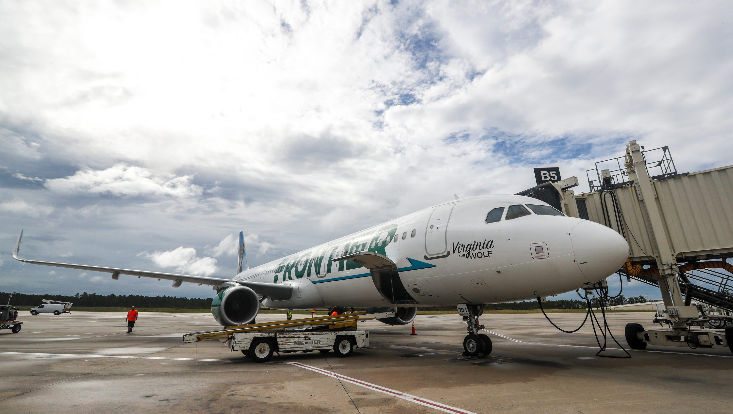 Naples Florida Airport >> Frontier debuts new nonstop flights at Southwest Florida ...