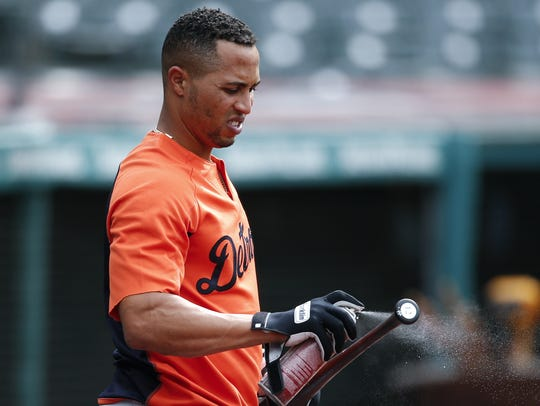 Tigers center fielder Leonys Martin prepares his bat