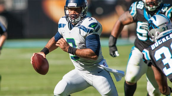 USP NFL: SEATTLE SEAHAWKS AT CAROLINA PANTHERS S FBN USA NC
