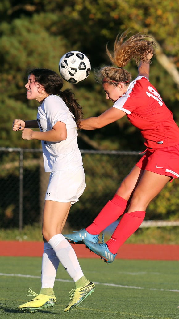North Rockland defeats Clarkstown North 3-2 during