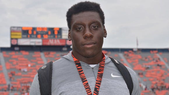 Auburn football commit Tashawn Manning was diagnosed