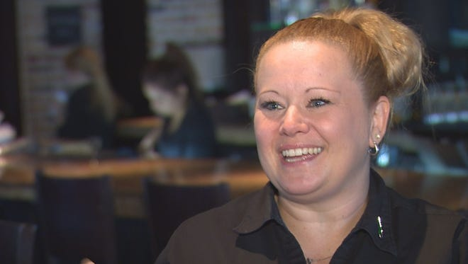A slow New Year's Eve at a Cheddar's restaurant brought one waitress a fortune.