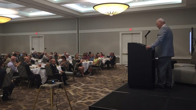 Cathedral City Mayor Stan Henry addresses a crowd at his State of the City address Thursday.