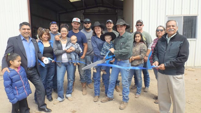 A ribbon cutting ceremony was held for Western Trailer Service, Welding & Fabrication.