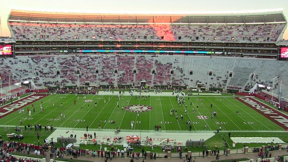 Alabama will look to win its 23rd consecutive game as they play out of conference against FCS school Chattanooga tonight at Bryant-Denny Stadium.