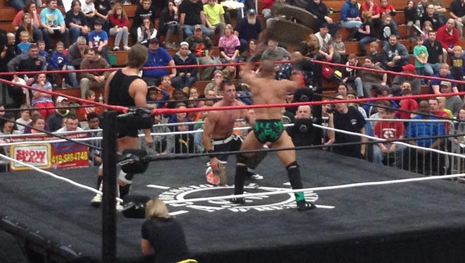 Sless Taylor attacked Robby Collins with a steel chair following their match at 'Winter Reunion 2016' on Dec. 3, 2016