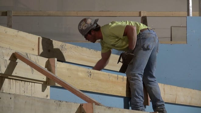 Construction crews kept busy earlier this fall allowing the del Lago Resort & Casino to announce its opening.