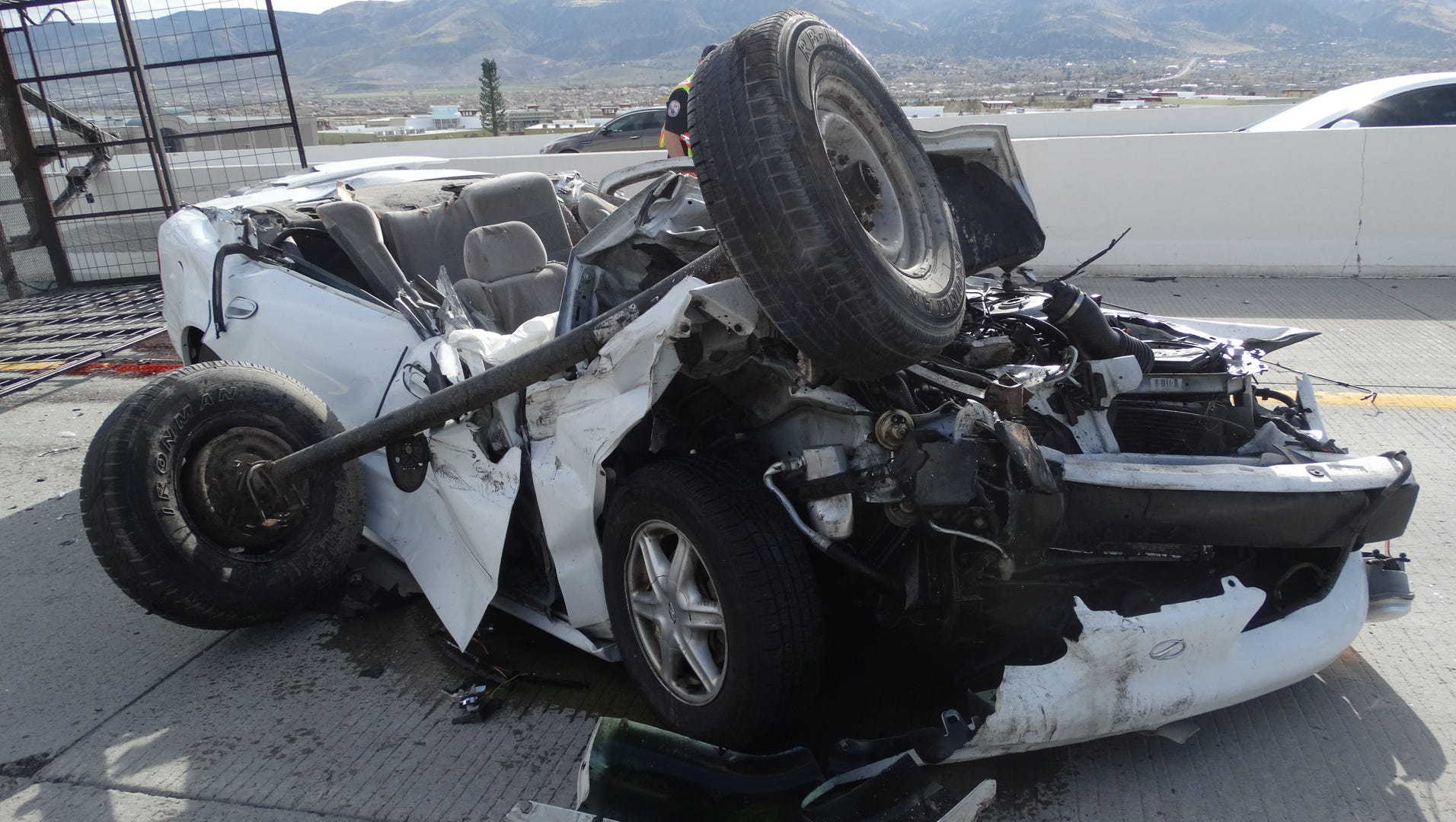 Officials ID driver killed by unhitched trailer on I-580