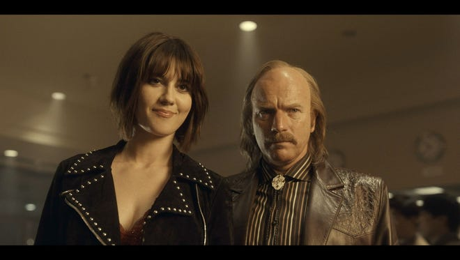 Mary Elizabeth Winstead as Nikki Swango and Ewan McGregor as Ray Stussy in FX's 'Fargo.'