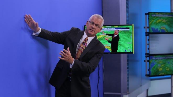 NBC-2 chief meteorologist Robert Van Winkle broadcasts coverage during Hurricane Irma's landfall in Southwest Florida.