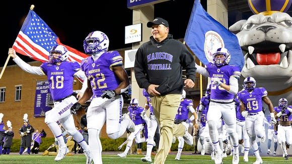 James Madison enters Saturday's semifinals with a 25-game winning streak