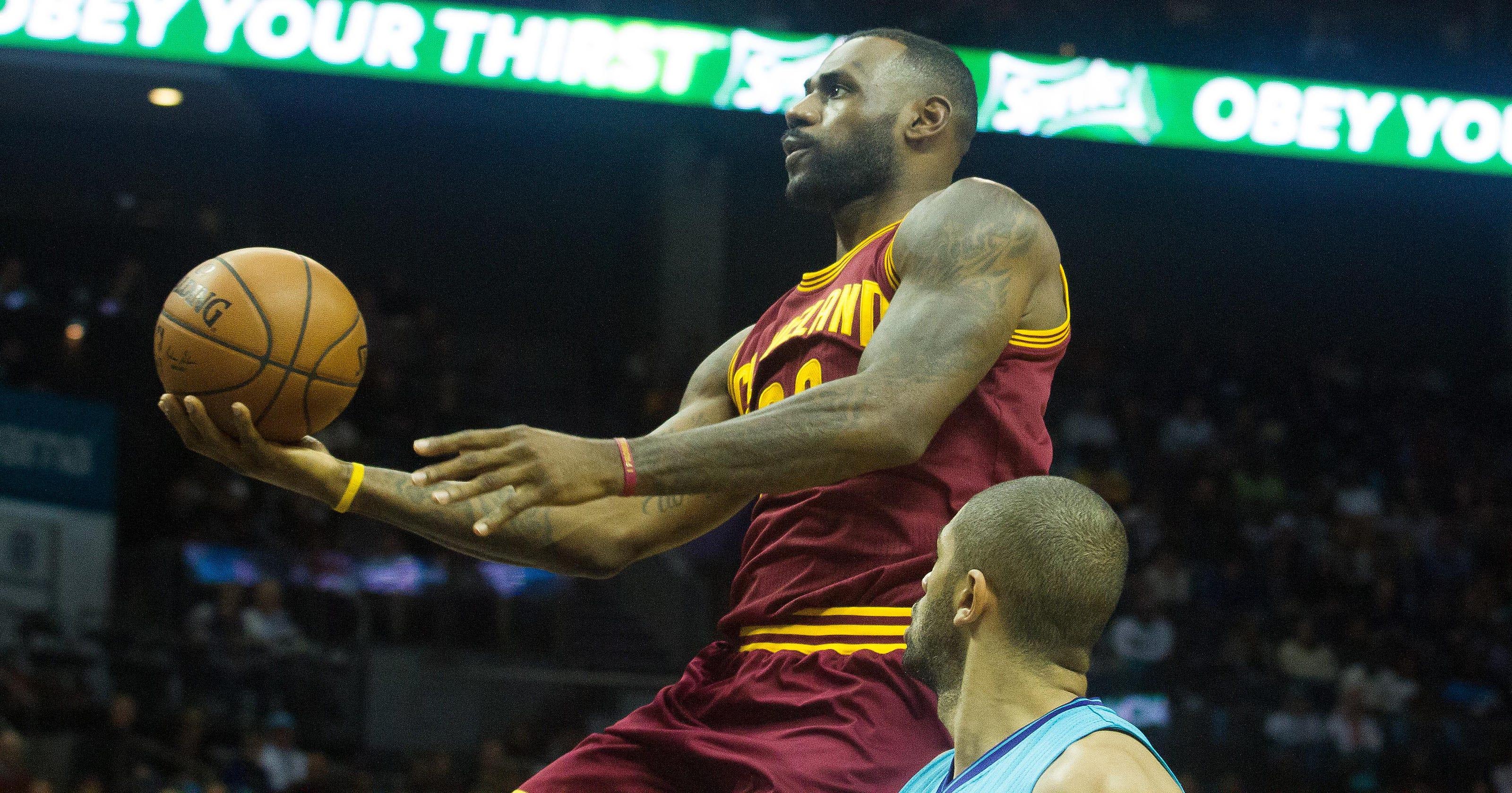 LeBron James scores 25 to lead Cavs over Hornets again 9e26a0d49