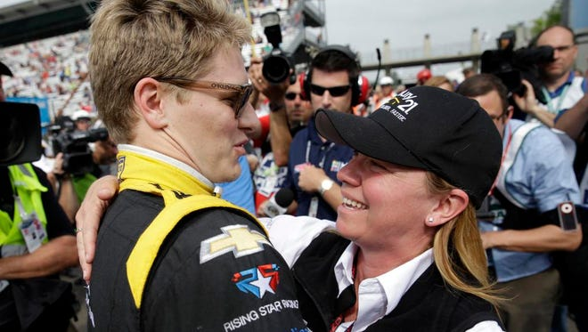 Hendersonville's Josef Newgarden, left, celebrates with car owner Sarah Fisher after he qualified for the Indianapolis 500 on Sunday.