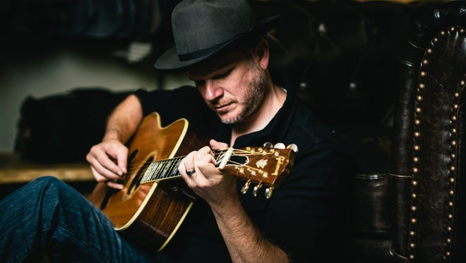 Country musician Jason Eady plays Club Metronome on Tuesday.