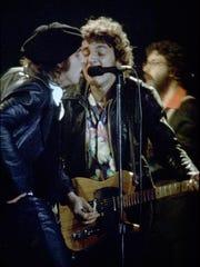 Little (then Miami) Stevie Van Zandt (l) and Bruce