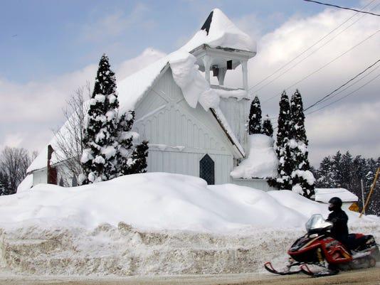 636490109335331362-snow.jpg