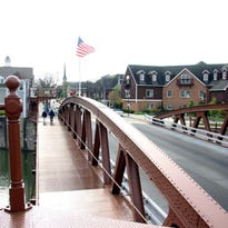 Lengthy closures expected for two heavily-traveled canal bridges