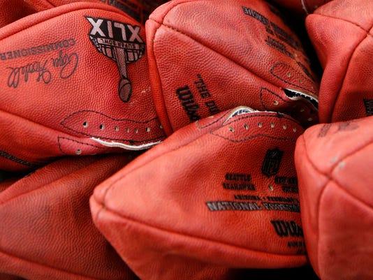 2015-01-23-footballs-deflated2