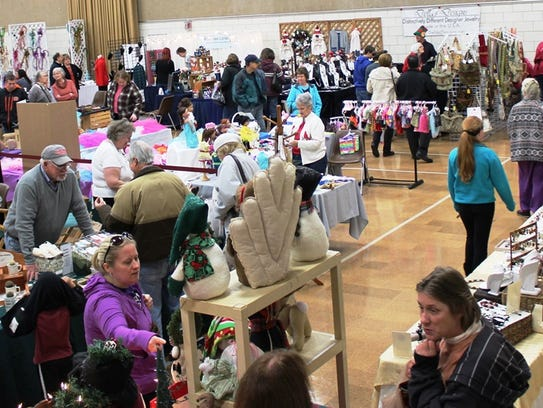 The annual Sharonville Craft Show features holiday