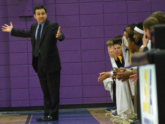 LSUA coach Larry Cordaro led his Generals to an 81-76