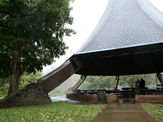 cherokee-park-hogans-fountain.jpg